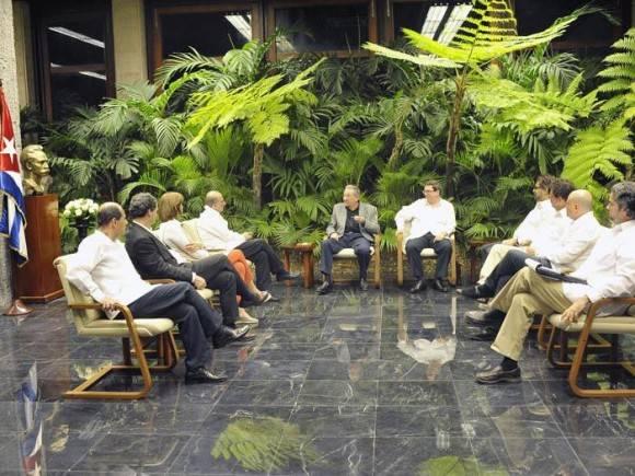 Raúl intercambió con representantes del gobierno colombiano y las FARC-EP.. Foto: Estudio Revolución