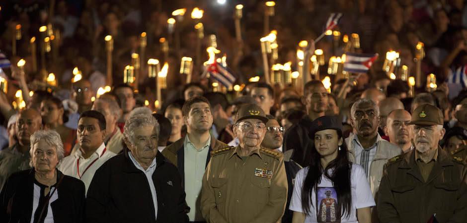 Raúl, Mujica y Leonel Fernández en Marcha de las Antorchas de La Habana (+ Fotos)