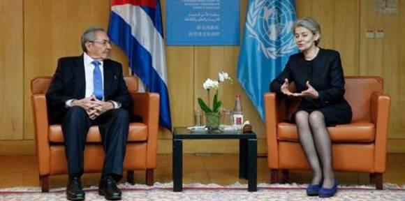 Con la directora general de la UNESCO.