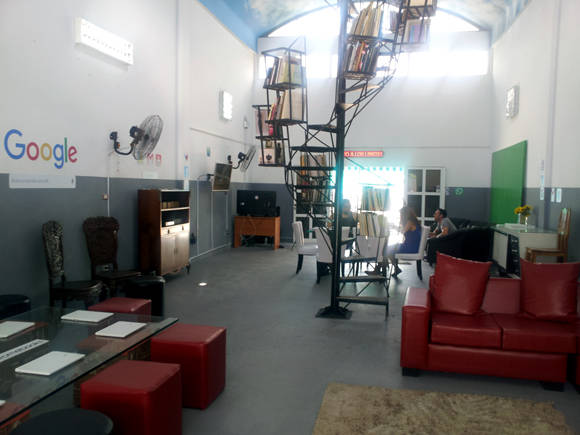 Google + Kcho.Mor-salon