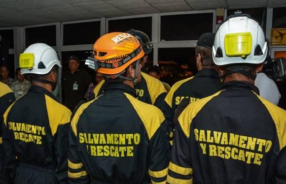 rescatistas cubanos en Ecuador 6