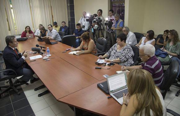 """El bloqueo tiene consecuencias negativas para Cuba y otras naciones, incluyendo Estados Unidos, y es el principal obstáculo para nuestro desarrollo económico y el bienestar del pueblo cubano"""""""