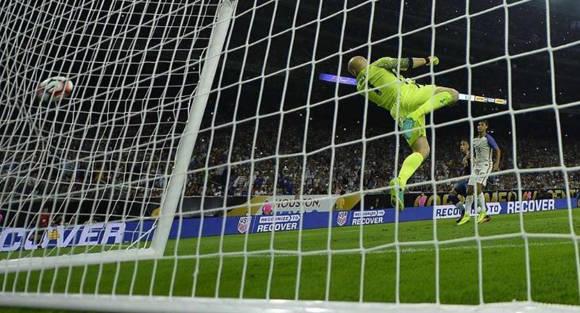 Messi-Argentina-EEUU-CopaAmerica4-4
