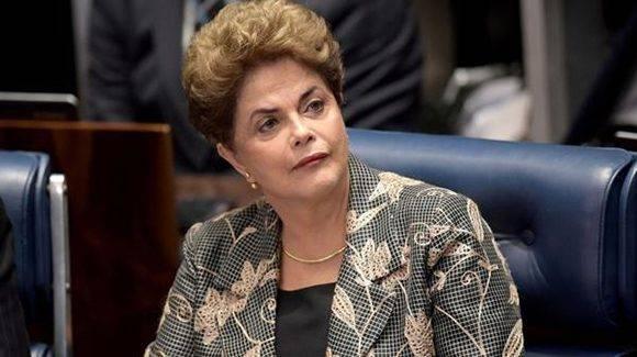 Dilma durante el juicio. Foto: AFP.