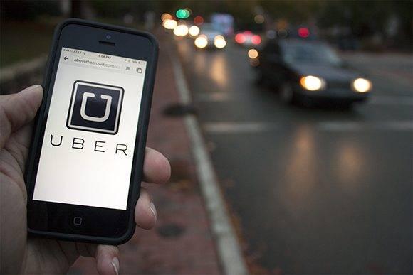 Uber, l'application numérique qui relie les passagers avec des pilotes, en seulement cinq ans d'existence déjà une valeur de 68 milliards de dollars et opère dans 132 pays.