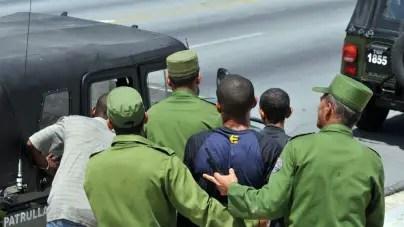 Denuncian al menos 183 detenciones arbitrarias en Cuba este diciembre
