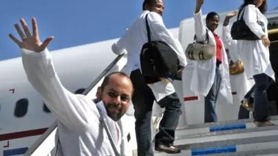 Régimen cubano prepara el terreno para regreso de médicos a Bolivia