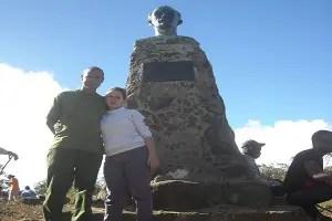 Monumento al Apóstol José Martí, deteriorado, a 1 994 metros de altura-foto cortesía de Ernesto García