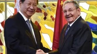 Xi Jinping y Raúl Castro firman lineas de crédito