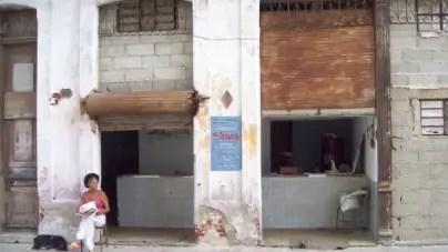 Régimen amenaza con desalojar a cubana embarazada en Centro Habana