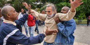 """Informe anual de HRW: """"gobierno cubano continúa reprimiendo a sus críticos"""""""