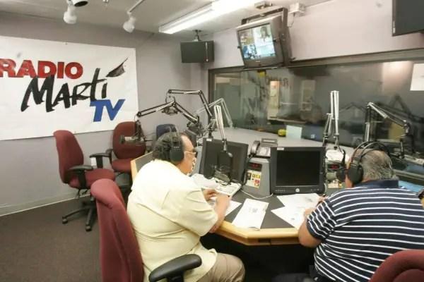 """OCDH pide a EE.UU. """"continuar apoyando"""" transmisiones de Radio TV Martí"""