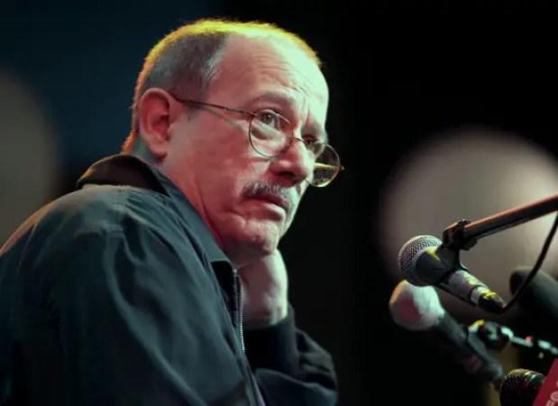 Silvio Rodríguez; cubano; Cuba; Venezuela