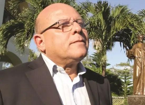 """""""Vivir de las remesas acostumbra a los cubanos a vivir del trabajo ajeno"""""""