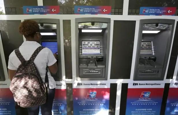 Cuba: Cajeros automáticos dejarán de dispensar CUC a partir de hoy