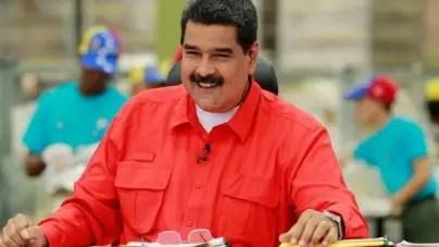 Maduro anuncia tarjeta de racionamiento para la gasolina