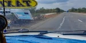Jugarse la vida en una carretera de Cuba