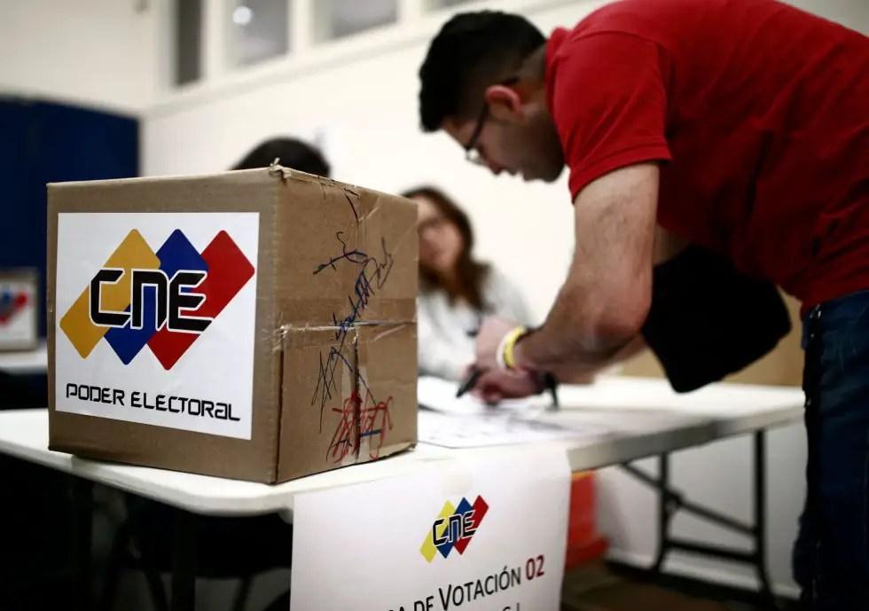 Venezuela elecciones urna