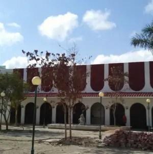 Parque céntrico de Santa Clara: demolido, chapucero y sin fecha inaugural