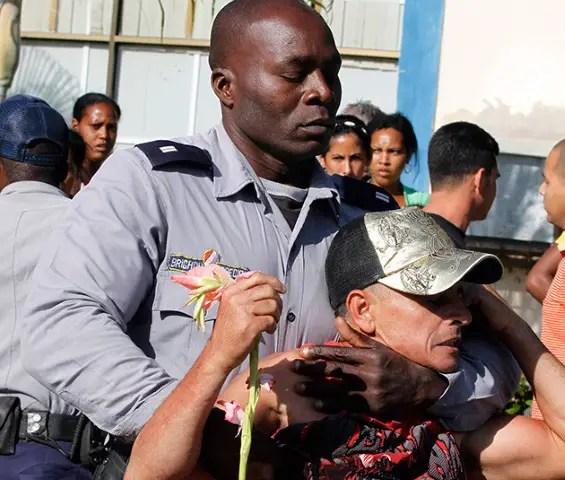 Cuba, Derechos Humanos minint represion oposicion cuba policía pnr policías cubano cubanos