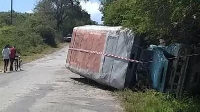 Más de 20 heridos, incluidos 4 niños, en accidente de tránsito en Holguín