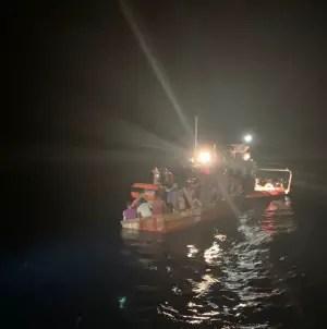 Patrulla Fronteriza detiene a 12 balseros cubanos que arribaron al sur de Florida
