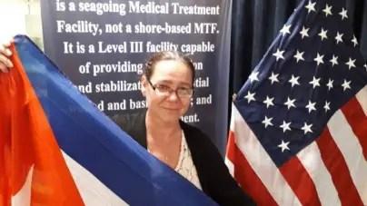 Buque-hospital US Comfort opera a hijo de refugiada cubana en Trinidad y Tobago