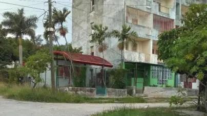 En La Habana restaurando y en Lawton desmantelando