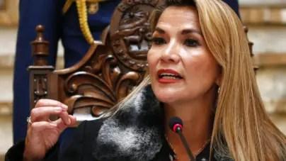 Denuncian plan contra Jeanine Áñez orquestado por cubanos y venezolanos