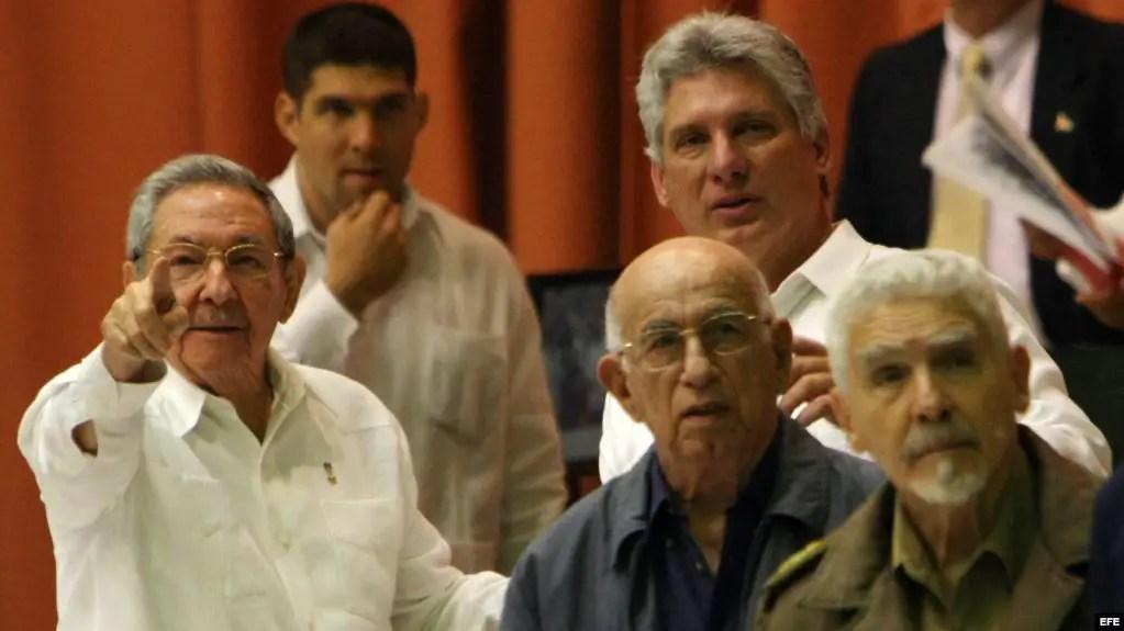 Cuba dictadura democracia socialismo muerte rafael almanza reforma unificación monetaria salarios grupo estados unidos