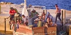 Llegan 31 balseros cubanos a Islas Caimán