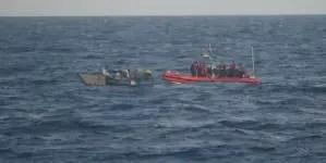 EE.UU. deporta a ocho balseros cubanos interceptados en Cayos de Florida