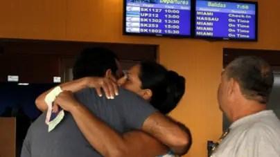 Régimen cubano prohíbe a sus ciudadanos viajar al extranjero y dentro del país