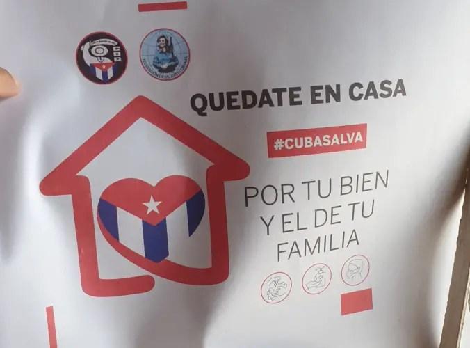 Los cubanos se enfrentan a la COVID-19 y al hostigamiento del gobierno
