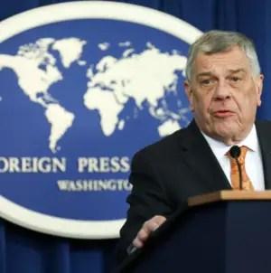 Michael Kozak denuncia encarcelamiento de Denis Solís en Cuba