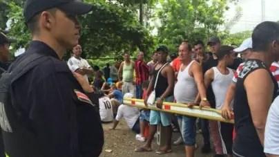 Migrantes cubanos podrán vivir y trabajar en Costa Rica hasta dos años