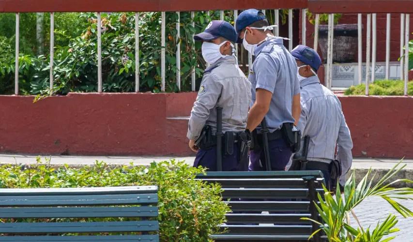 policía Cuba medidas represivas derechos