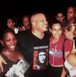 """Arnaldo Rodríguez a los cubanos: """"No sientan pudor de mostrar al Che"""""""
