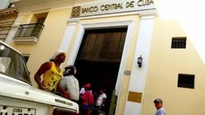 """BCC niega """"los rumores"""" sobre el inicio de la unificación monetaria"""