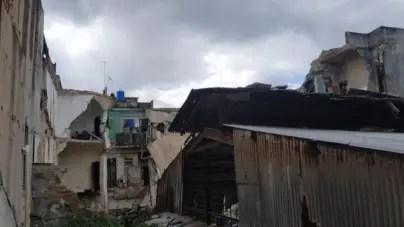 Centro Habana: Damnificados por derrumbe siguen en la calle y sin hogar