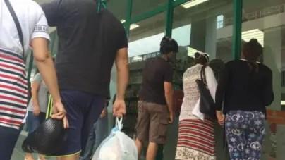 "Régimen cubano asegura que ""tiendas en dólares serán transitorias"""