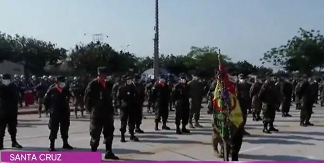 """Militares que capturaron al """"Che"""" son homenajeados como héroes en Bolivia"""