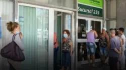 """Cuba: Miedo a los bancos antes del """"día cero"""""""
