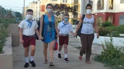 """""""A precios COVID"""": Un nuevo curso escolar comienza en Cuba"""