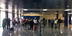 Vuelo chárter desde Miami reinicia operaciones en aeropuerto de La Habana