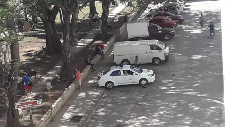 Operativo policial frustra manifestación pacífica frente al MINCIN