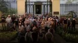 Al detalle: Así fue el encuentro entre artistas cubanos y Fernando Rojas en el MINCULT