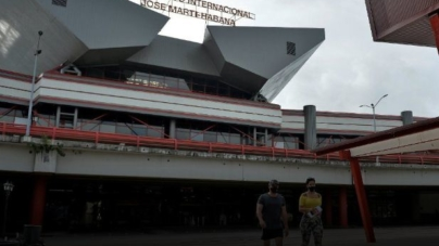 """La """"nueva normalidad"""": habaneros se preparan para la llegada de turistas"""