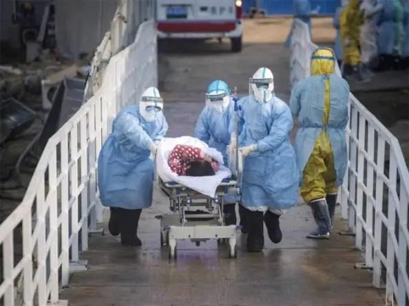 Ley en China prohíbe a médicos hablar sobre inicio del coronavirus