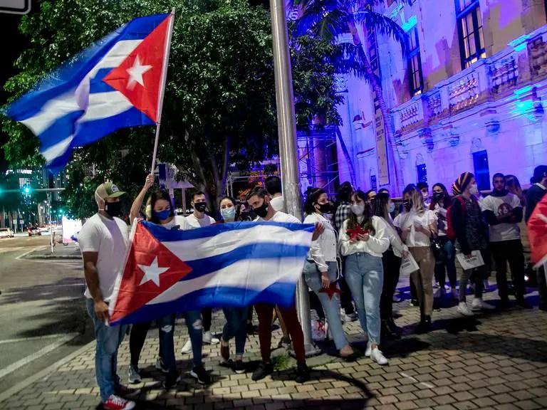 Jóvenes universitarios de Miami se reúnen en apoyo al Movimiento San Isidro